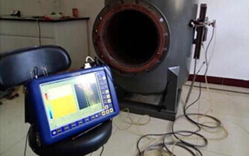 爬行机器人压力容器腐蚀检测